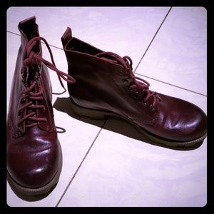 Theory Leather Ankles Boots Size 6.5